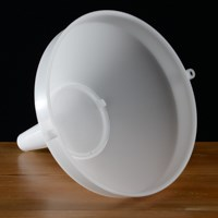 "Plastic Funnel, 10"" with Strainer"