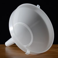 "Plastic Funnel, 8"" with strainer"