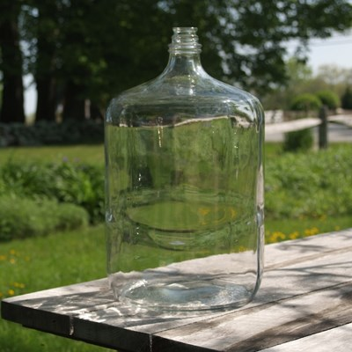 b37f0bfe40 Italian 6.5 Gallon Glass Carboy